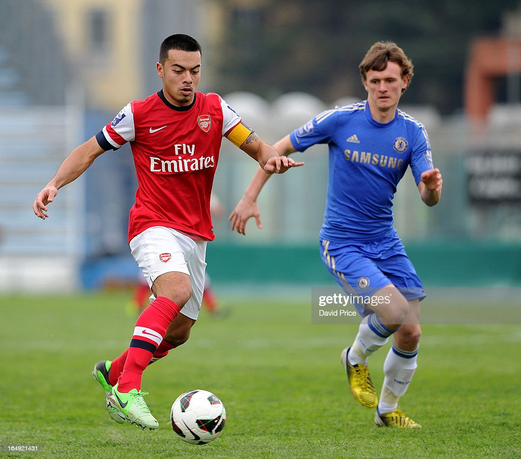 Nico Yennaris of Arsenal takes on John Swift of Chelsea during the NextGen Series Semi Final match between Arsenal and Chelsea at Stadio Guiseppe Sinigallia on March 29, 2013 in Como, Italy.