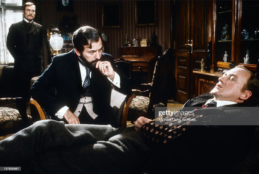 Nicol Williamson Robert Duvall and Alan Arkin in a scene from the Universal Pictures movie 'The SevenPerCent Solution'