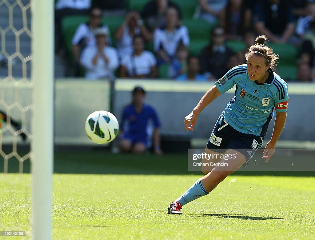 Nicola Bolger of Sydney FC scores the first goal during the W-League Grand Final between the Melbourne Victory and Sydney FC at AAMI Park on January 27, 2013 in Melbourne, Australia.