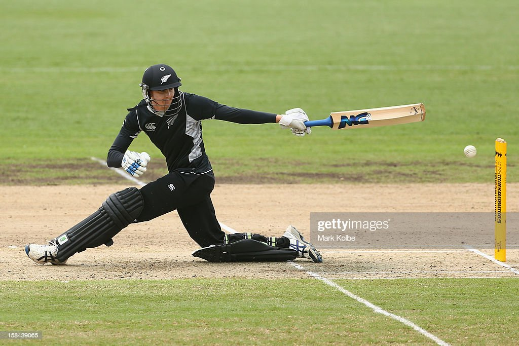 Nicola Browne of New Zealand bats during game three of the One Day International series between the Australian Southern Stars and New Zealand at North Sydney Oval on December 17, 2012 in Sydney, Australia.