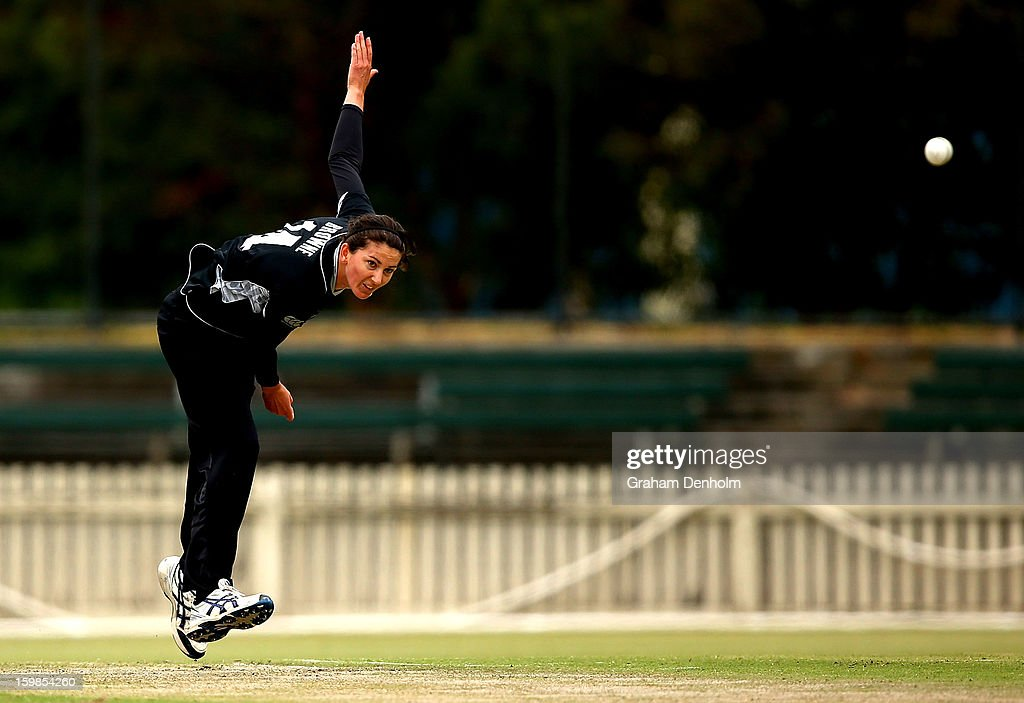 Nicola Browne of New Zealand bowls during the Women's International Twenty20 match between the Australian Southern Stars and New Zealand at Junction Oval on January 22, 2013 in Melbourne, Australia.