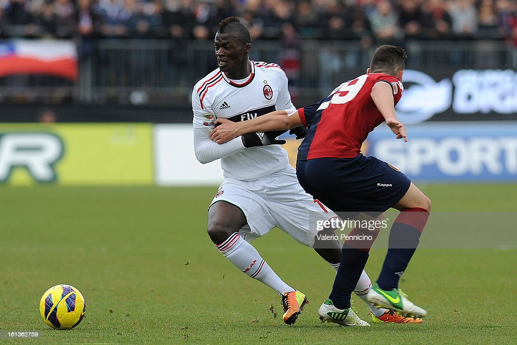 Nicola Murru (R) of Cagliari Calcio competes with Mbaye Niang of AC Milan during the Serie A match between Cagliari Calcio and AC Milan at Stadio Is Arenas on February 10, 2013 in Cagliari, Italy.