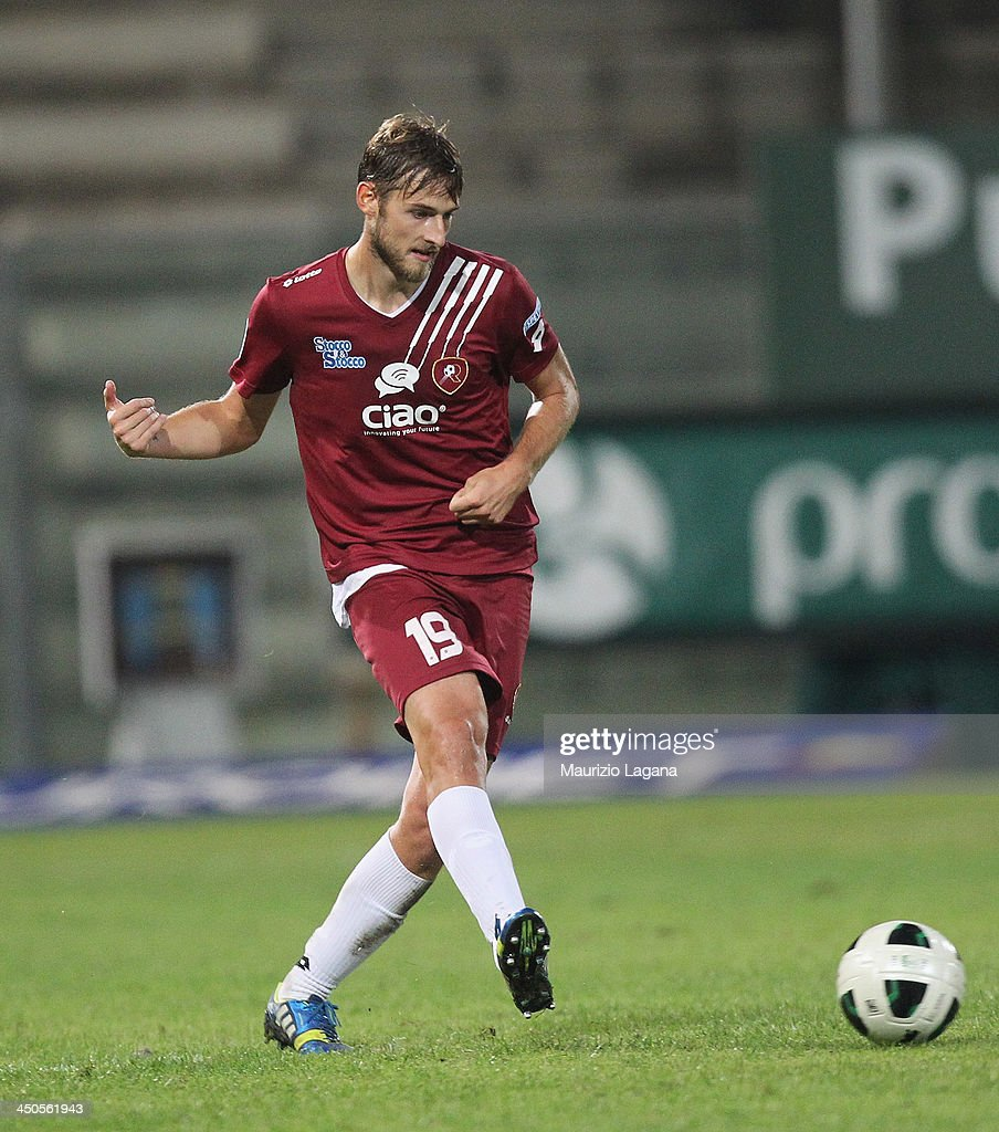 Nicola Rigoni of Reggina during the Serie B match between Reggina Calcio and US Citta di Palermo at Stadio Oreste Granillo on November 16, 2013 in Reggio Calabria, Italy.