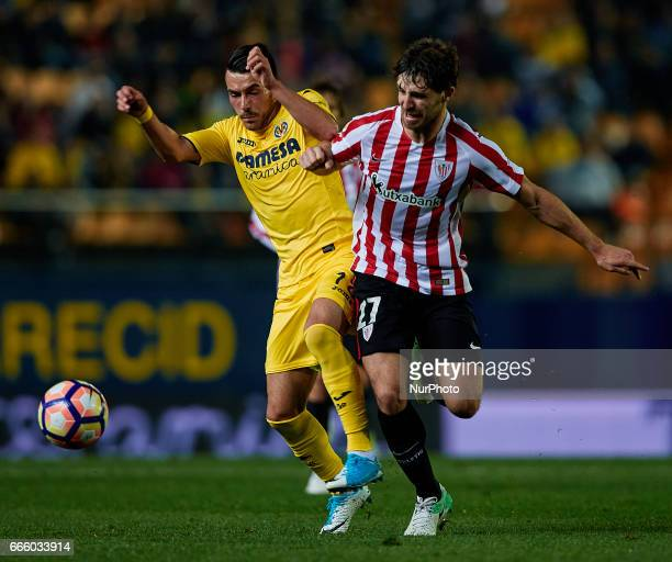 Nicola Sanson of Villarreal CF competes for the ball with Yeray of Athletic Club de Bilbao during the La Liga match between Villarreal CF and...