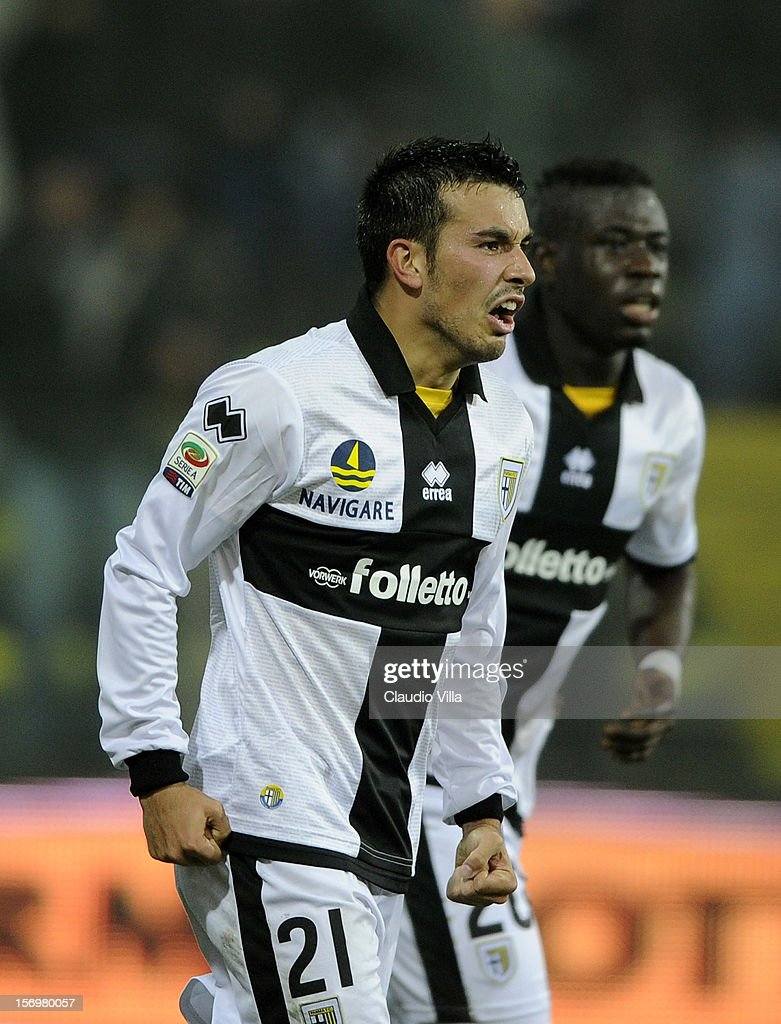 Nicola Sansone of Parma FC celebrates scoring the first goal during the Serie A match between Parma FC and FC Internazionale Milano at Stadio Ennio Tardini on November 26, 2012 in Parma, Italy.
