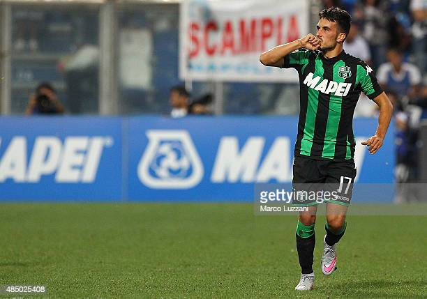 Nicola Sansone of US Sassuolo Calcio celebrates his goal during the Serie A match between US Sassuolo Calcio and SSC Napoli at Mapei Stadium Città...