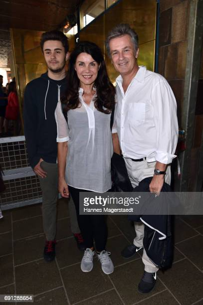 Nicola Tiggeler and Timothy Peach and their son Nelson during Konstantin Wecker's 70th birthday at Circus Krone on June 1 2017 in Munich Germany