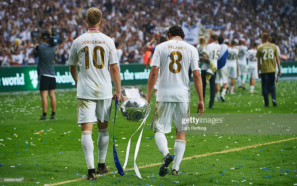Nicolai Jorgensen and Thomas Delaney of FC Copenhagen lifts the trophy and celebrate with teammates as Danish Champions 2015/2016 after the Danish Alka Superliga match between FC Copenhagen and AGF Aarhus at Telia Parken Stadium on May 29, 2016 in Copenhagen, Denmark.
