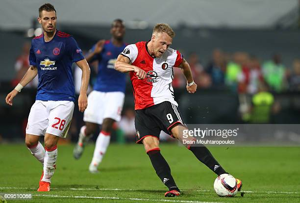Nicolai Jørgensen of Feyenoord shoots on goal during the UEFA Europa League Group A match between Feyenoord and Manchester United FC at Feijenoord...