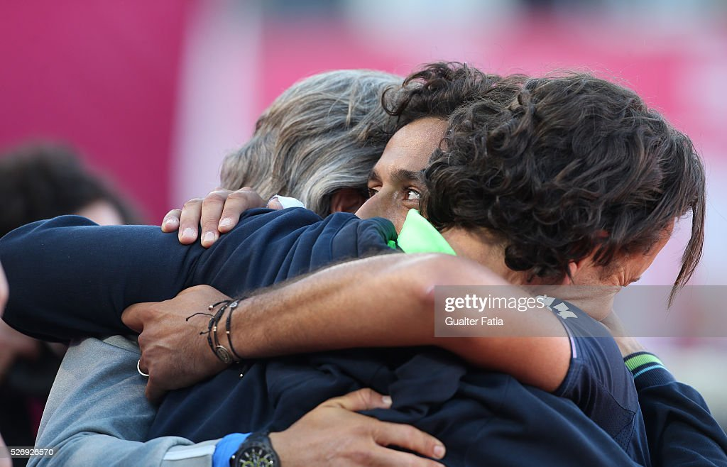 Nicolas Almagro from Spain celebrates the victory with his team at the end of the singles final match between Pablo Carreno Busta from Spain and Nicolas Almagro from Spain for Millennium Estoril Open at Clube de Tenis do Estoril on May 1, 2016 in Estoril, Portugal.