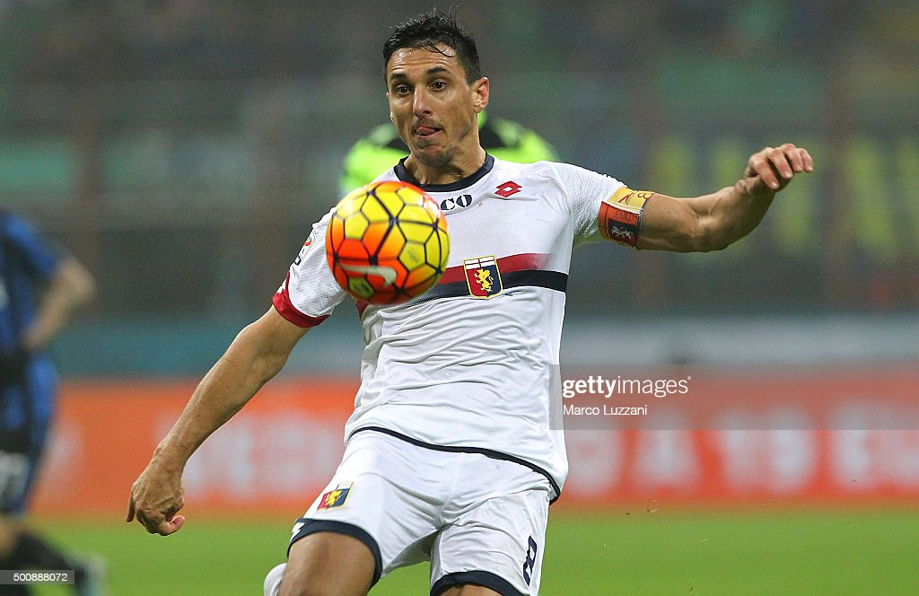 Nicolas Andres Burdisso of Genoa CFC in action during the Serie A match between FC Internazionale Milano and Genoa CFC at Stadio Giuseppe Meazza on...