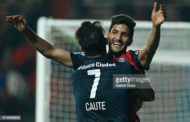 Nicolas Blandi of San Lorenzo celebrates with teammate Martin Cauteruccio after scoring the second goal of his team during a first leg match between...