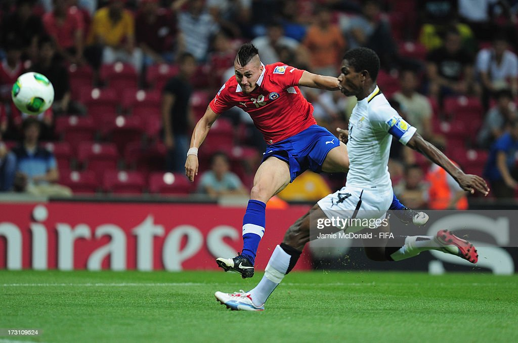 Nicolas Castillo of Chile scores a goal during the FIFA U-20 World Cup Quarter-Final match between Ghana and Chile at the Ali Sami Yen Arena on July 7, 2013 in Istanbul, Turkey.