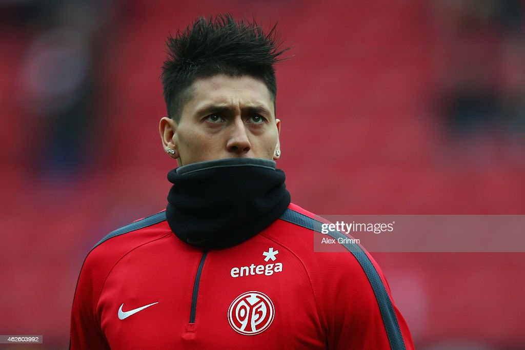 Nicolas Castillo of Mainz warms up prior to the Bundesliga match between 1. FSV Mainz 05 and SC Paderborn at Coface Arena on January 31, 2015 in Mainz, Germany.