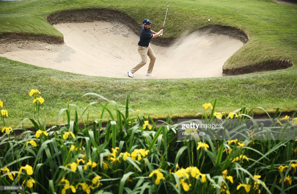 <a gi-track='captionPersonalityLinkClicked' href=/galleries/search?phrase=Nicolas+Colsaerts&family=editorial&specificpeople=216573 ng-click='$event.stopPropagation()'>Nicolas Colsaerts</a> of Belgium hits from a bunker on the 18th hole during day four of the BMW PGA Championship at Wentworth on May 29, 2016 in Virginia Water, England.