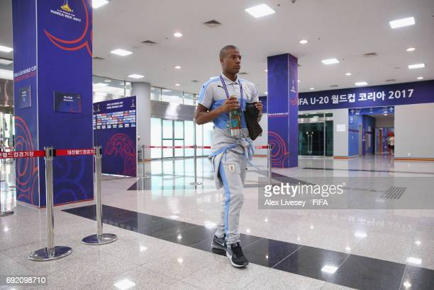 Nicolas de la Cruz of Uruguay arrives for the FIFA U20 World Cup Korea Republic 2017 Quarter Final match between Portugal and Uruguay at Daejeon...
