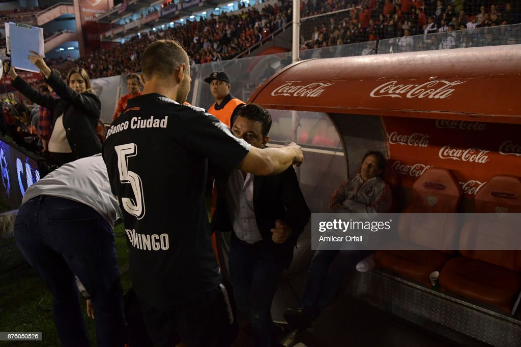 Independiente v River Plate - Superliga 2017/18