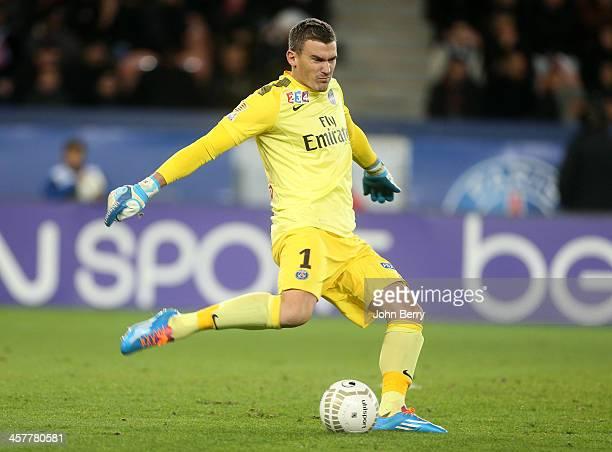 Nicolas Douchez of PSG in action during the french Ligue Cup match between Paris SaintGermain FC and AS SaintEtienne ASSE at the Parc des Princes...