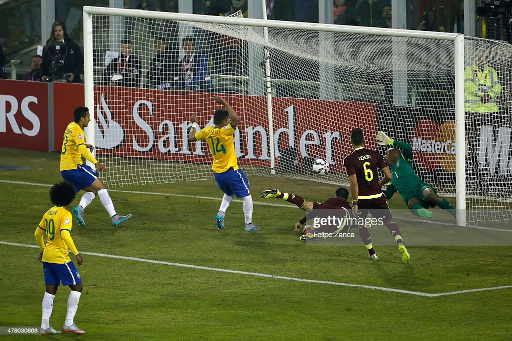 Nicolas Fedor of Venezuela scores the first goal of his team during the 2015 Copa America Chile Group C match between Brazil and Venezuela at Monumental David Arellano Stadium on June 21, 2015 in Santiago, Chile.