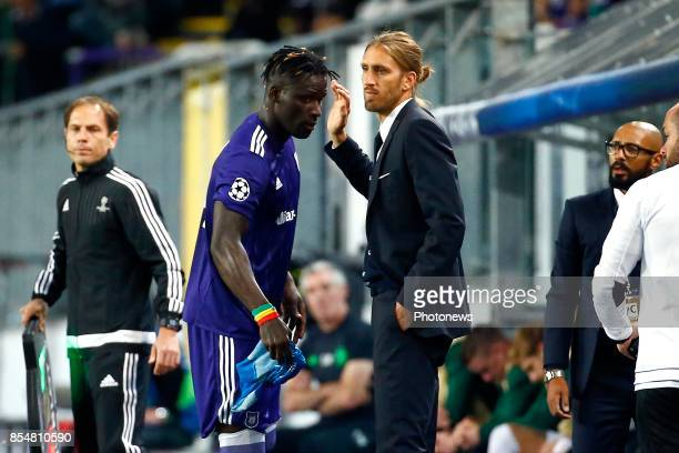 Nicolas Frutos head coach of RSC Anderlecht and Kara Serigne Modou Mbodji defender of RSC Anderlecht during the Champions League Group B match...