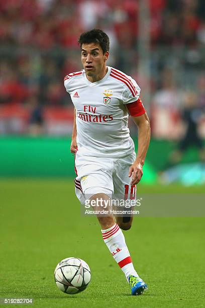 Nicolas Gaitan of Benfica runs with the ball during the UEFA Champions League quarter final first leg match between FC Bayern Muenchen and SL Benfica...