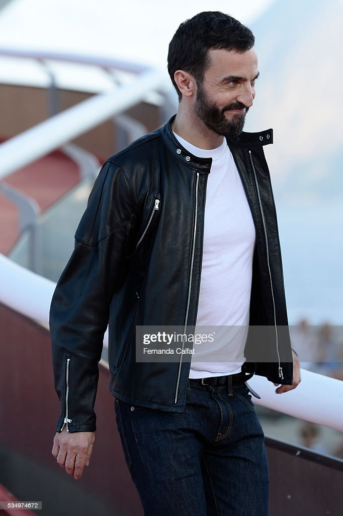 Nicolas Ghesquiere attends at Louis Vuitton 2017 Cruise Collection at MAC on May 28, 2016 in Niteroi, Brazil.