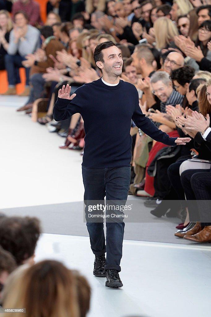 Louis Vuitton : Runway - Paris Fashion Week Womenswear Fall/Winter 2015/2016