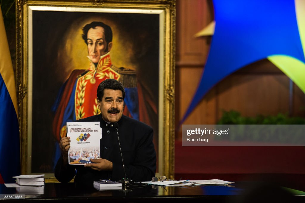 Nicolas Maduro, Venezuela's president, speaks during a news conference in Caracas, Venezuela, on Tuesday, Aug. 22, 2017. Maduro said Venezuela's authoritarian regime is prepared for additional retaliation from the U.S., one of the crisis-torn nation's principal trade partners, including wide-reaching sanctions on its beleaguered economy and oil industry. Photographer: Wil Riera/Bloomberg via Getty Images