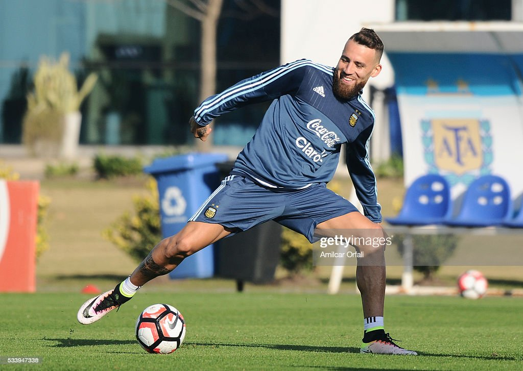 <a gi-track='captionPersonalityLinkClicked' href=/galleries/search?phrase=Nicolas+Otamendi&family=editorial&specificpeople=5863368 ng-click='$event.stopPropagation()'>Nicolas Otamendi</a> in action during a training session at Argentine Football Association (AFA) 'Julio Humberto Grondona' training camp on May 24, 2015 in Ezeiza, Argentina. Argentina will face Honduras on May 27, 2015.