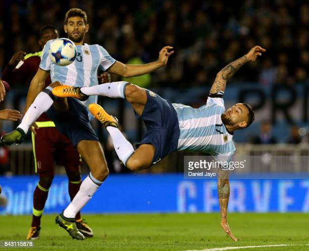 Nicolas Otamendi of Argentina tries a scissors kick during a match between Argentina and Venezuela as part of FIFA 2018 World Cup Qualifiers at...