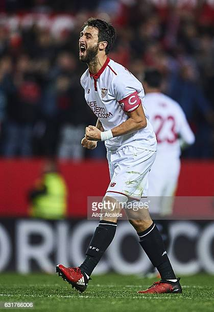 Nicolas Pareja of Sevilla FC celebrates after winnig the match during the La Liga match between Sevilla FC and Real Madrid CF at Estadio Ramon...