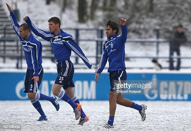 Nicolas Plestan KlaasJan Huntelaar of Schalke and Raúl Gonzalez of Schalke attend the FC Schalke training session at the training ground on November...