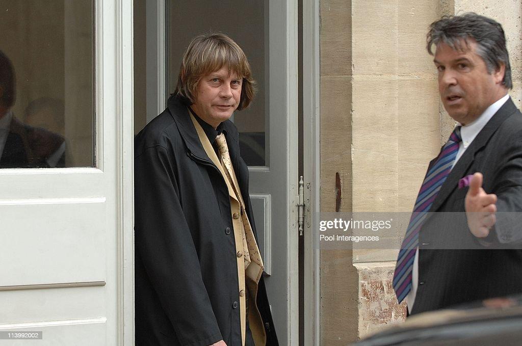Nicolas Sarkozy meets Bernard Thibault in Paris France On May 14 2007Nicolas Sarkozy and Bernard Thibault French president Nicolas sarkozy meets...