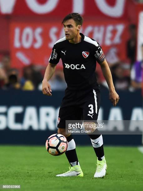 Nicolas Tagliafico of Independiente drives the ball during a second leg match between Independiente and Nacional as part of the quarter finals of...