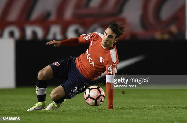 Nicolas Tagliafico of Independiente looks the ball during a second leg match between Independiente and Atletico Tucuman as part of round of 16 of...
