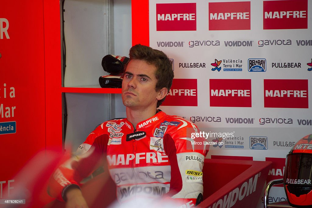 <a gi-track='captionPersonalityLinkClicked' href=/galleries/search?phrase=Nicolas+Terol&family=editorial&specificpeople=2298412 ng-click='$event.stopPropagation()'>Nicolas Terol</a> of Spain and Mapfre Aspar Team Moto2 looks on during the MotoGp of Spain - Free Practice at Circuito de Jerez on May 2, 2014 in Jerez de la Frontera, Spain.