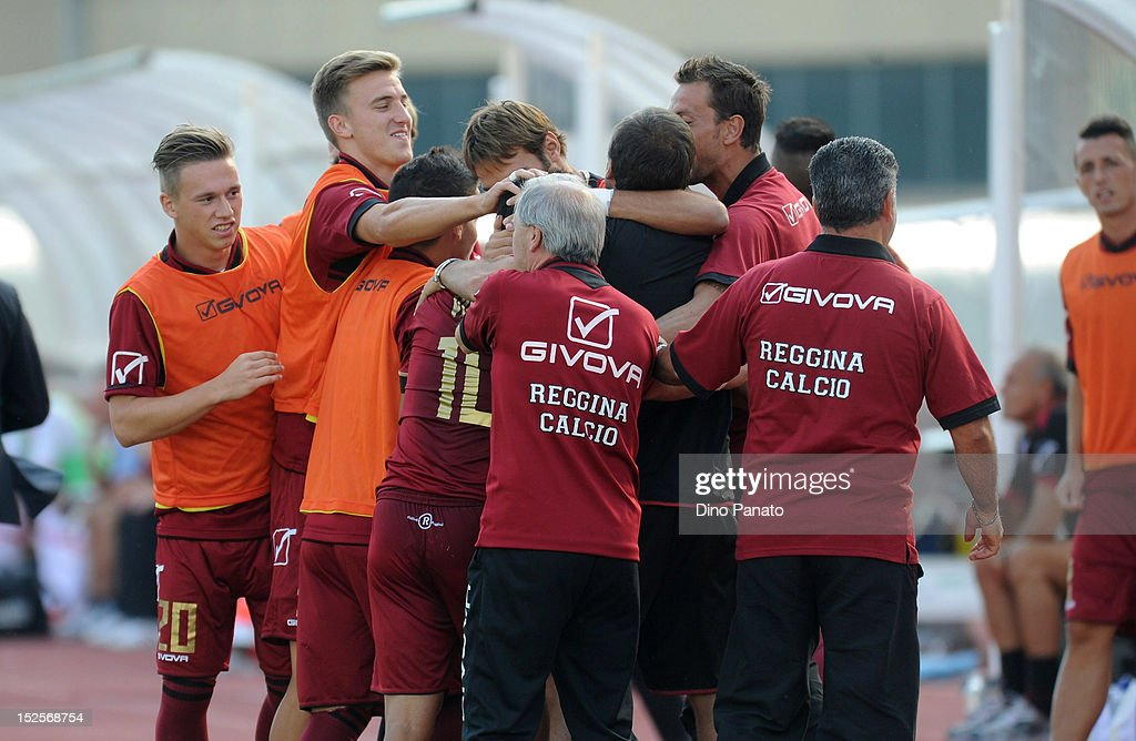 Nicolas Viola #10 of Reggina celebrates after scoring his first goal with team mates during the Serie B match between Calcio Padova and Reggina Calcio at Stadio Euganeo on September 22, 2012 in Padova, Italy.