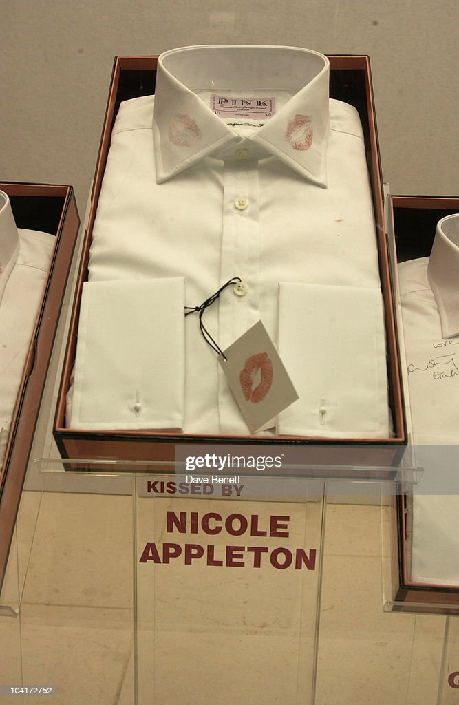 Nicole Appleton's Kissed Shirt, Lipstick On Your Collar, Thomas Pink's Shirt Auction In Aid Of The Haven Trust,auctioned Kisses From Famous Girls On Collars Of The White Shirts