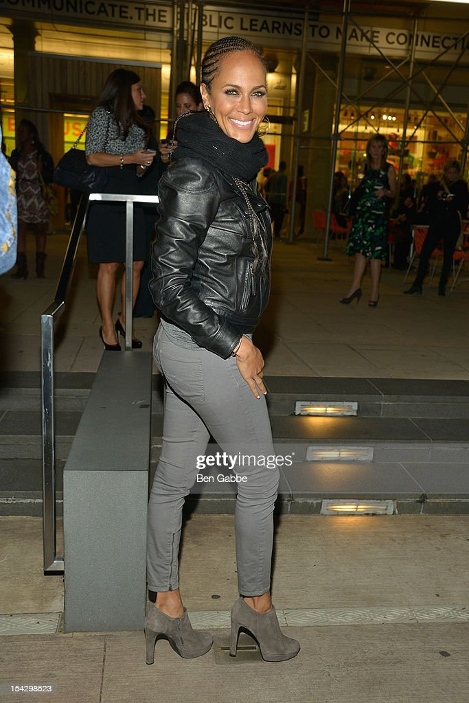 <a gi-track='captionPersonalityLinkClicked' href=/galleries/search?phrase=Nicole+Ari+Parker&family=editorial&specificpeople=884033 ng-click='$event.stopPropagation()'>Nicole Ari Parker</a> attends GEMS Benefit Gala For Girls Educational And Mentoring Services at El Museo Del Barrio on October 17, 2012 in New York City.