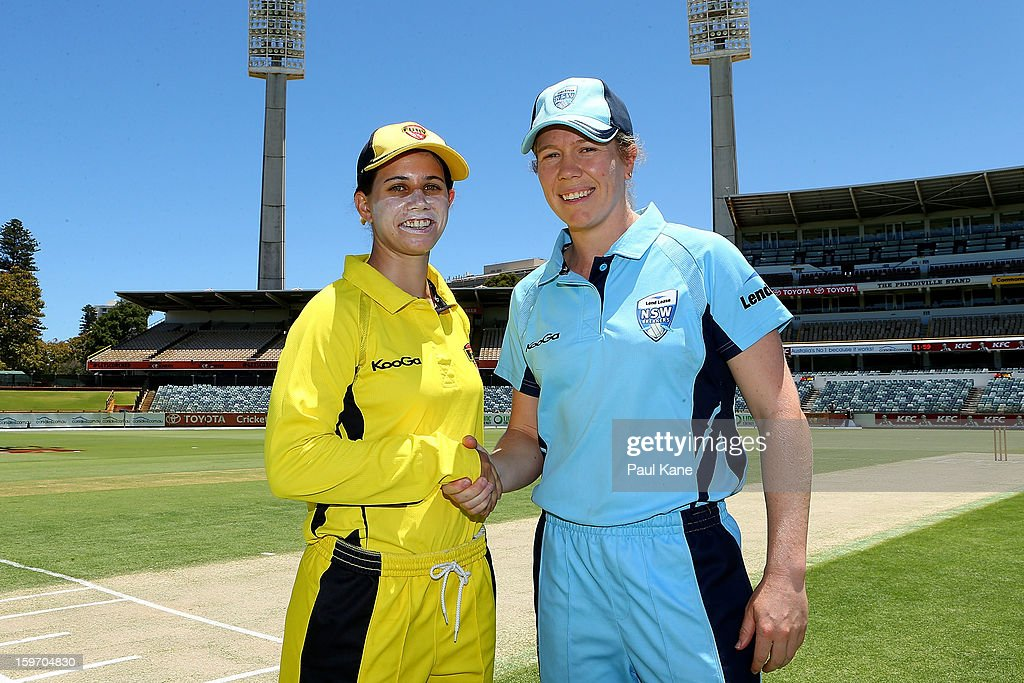 Nicole Bolton of the Fury and Alex Blackwell of the Breakers shake hands after the coin toss before the women's Twenty20 final match between the NSW Breakers and the Western Australia Fury at WACA on January 19, 2013 in Perth, Australia.