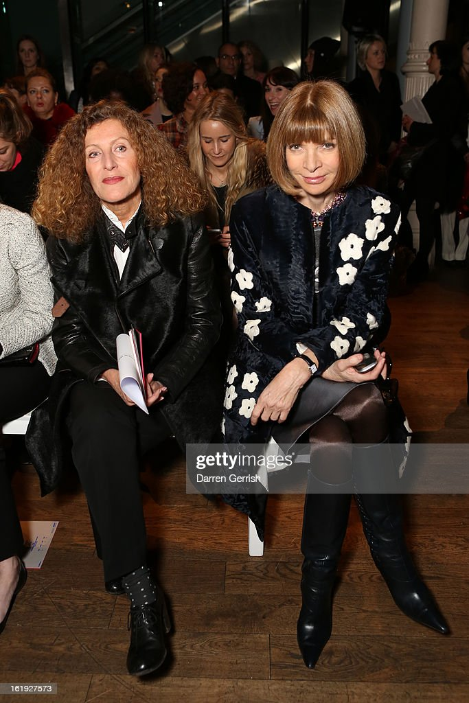 <a gi-track='captionPersonalityLinkClicked' href=/galleries/search?phrase=Nicole+Farhi+-+Fashion+Designer&family=editorial&specificpeople=11013428 ng-click='$event.stopPropagation()'>Nicole Farhi</a> and <a gi-track='captionPersonalityLinkClicked' href=/galleries/search?phrase=Anna+Wintour&family=editorial&specificpeople=202210 ng-click='$event.stopPropagation()'>Anna Wintour</a> attend the Matthew Williamson show during London Fashion Week Fall/Winter 2013/14 on February 17, 2013 in London, England.