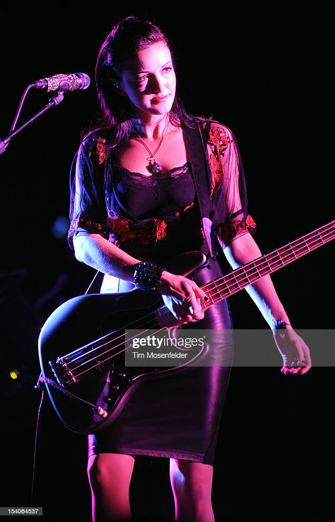 <a gi-track='captionPersonalityLinkClicked' href=/galleries/search?phrase=Nicole+Fiorentino&family=editorial&specificpeople=7118994 ng-click='$event.stopPropagation()'>Nicole Fiorentino</a> of The Smashing Pumpkins performs in support of the bands' Oceana release at the Bill Graham Civic Auditorium on October 12, 2012 in San Francisco, California.