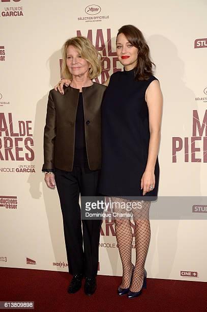 Nicole Garcia and Marion Cotillard attend the Mal de Pierres' Paris Premiere at Cinema Gaumont Marignan on October 10 2016 in Paris France