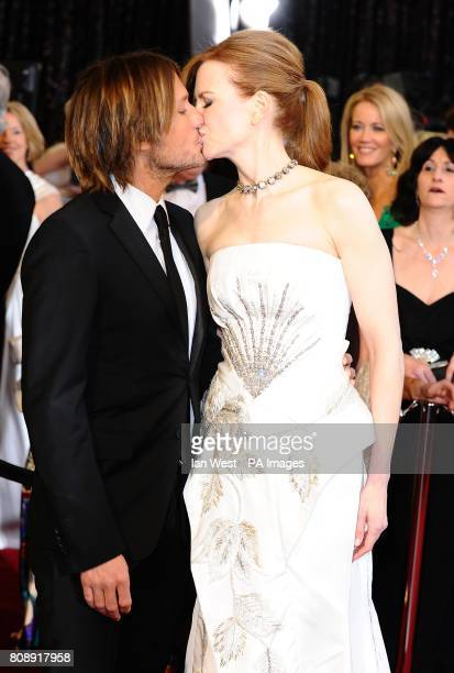 Nicole Kidman and Keith Urban arriving for the 83rd Academy Awards at the Kodak Theatre Los Angeles