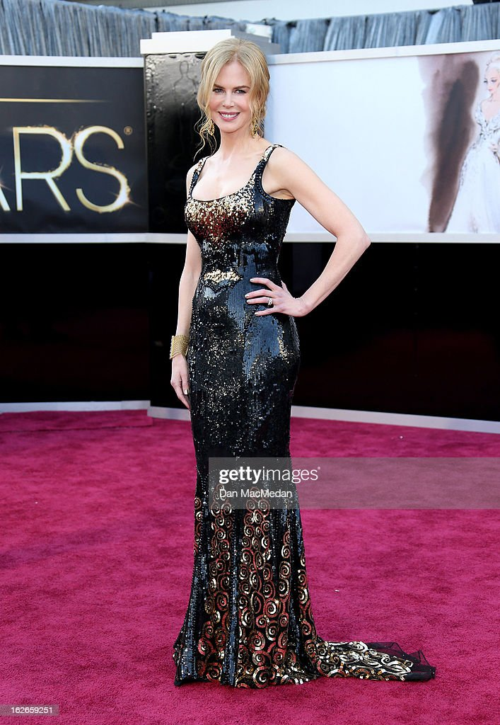 Nicole Kidman arrives at the 85th Annual Academy Awards at Hollywood & Highland Center on February 24, 2013 in Hollywood, California.