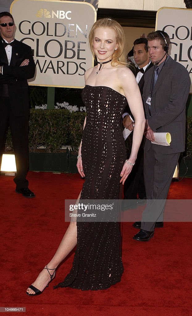 Nicole Kidman arrives at the Golden Globe Awards at the Beverly Hilton January 20, 2002 in Beverly Hills, California.