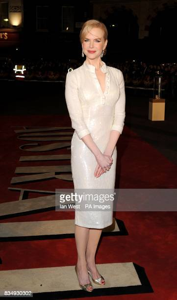 Nicole Kidman arrives for the UK premiere of 'Australia' at the Odeon Leicester Square WC2