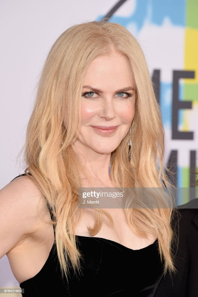 Nicole Kidman attends 2017 American Music Awards at Microsoft Theater on November 19, 2017 in Los Angeles, California.