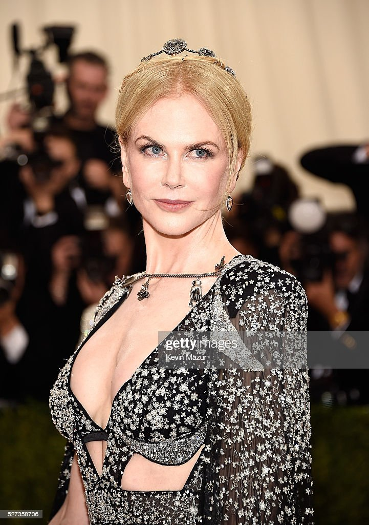 Nicole Kidman attends 'Manus x Machina: Fashion In An Age Of Technology' Costume Institute Gala at Metropolitan Museum of Art on May 2, 2016 in New York City.