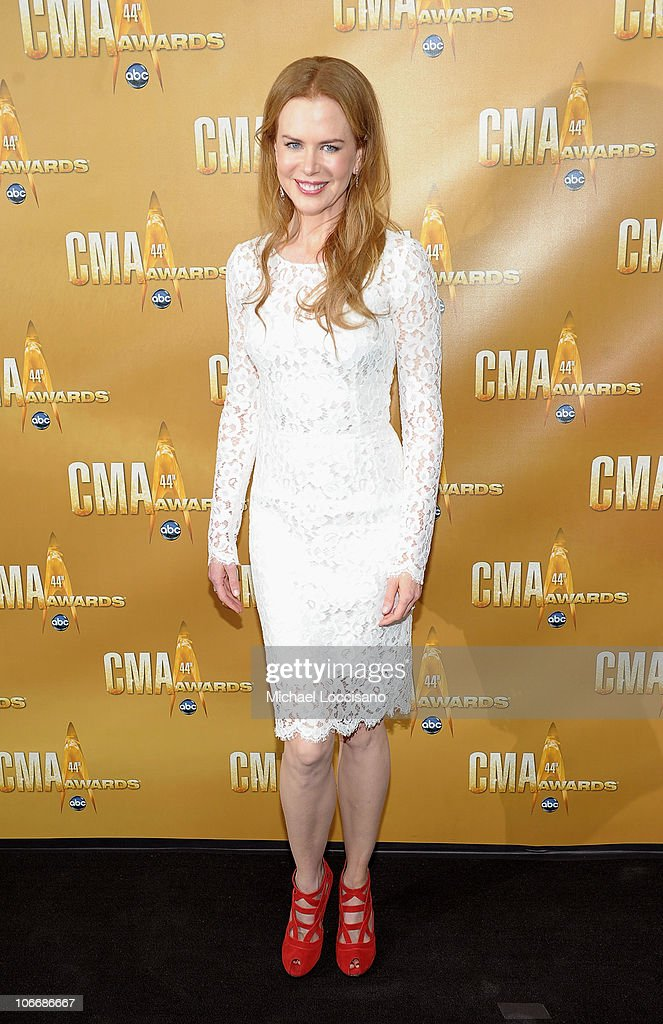 <a gi-track='captionPersonalityLinkClicked' href=/galleries/search?phrase=Nicole+Kidman&family=editorial&specificpeople=156404 ng-click='$event.stopPropagation()'>Nicole Kidman</a> attends the 44th Annual CMA Awards at the Bridgestone Arena on November 10, 2010 in Nashville, Tennessee.